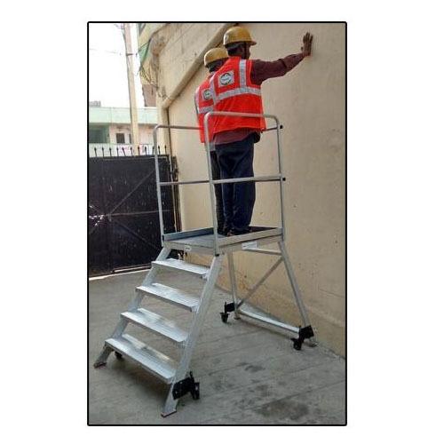 Broad Step Ladders