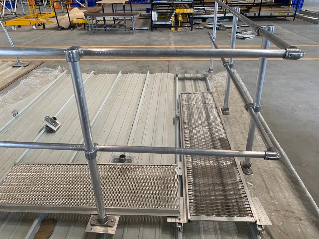 Solar Eco Handrail with Walkway